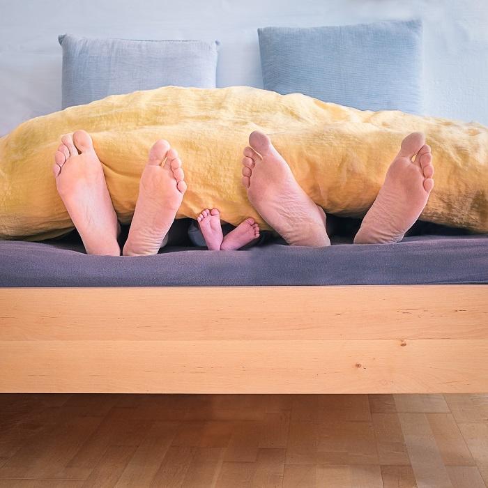 Sklápacie postele s drevenými prvkami